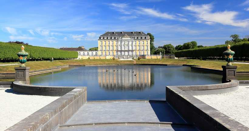 Ausblick auf das Schloss Brühl. (Bildquelle:)