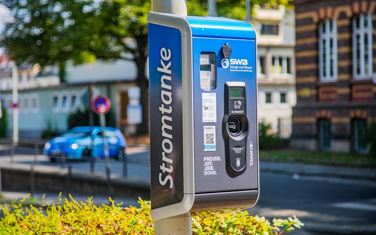 https://www.swb-konzern.de/fileadmin/uks/data_import/Foto_Energie_und_Wasser/StromtankeTheaterstrasse.jpg